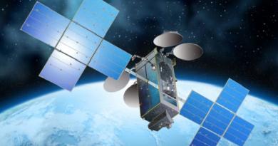 Un satellite et un système de GPS 100% tunisiens